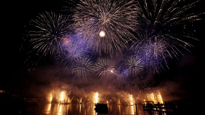 Fireworks during the Fêtes de Genève
